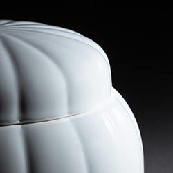 骨壷の色/白