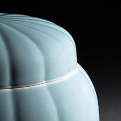 骨壷の色/青